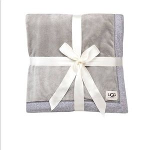 UGG Duffield Throw in Seal Heather